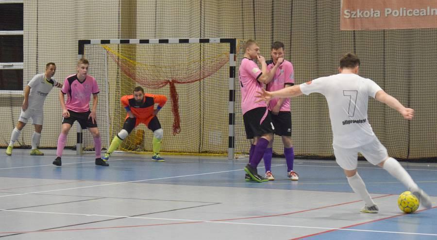 świetny Początek All Promote Futsal Team Lublin I Art Komu