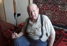 Tadeusz Żuk przepracował w RSP 32 lata. W 2008 roku dostał wylewu, z którego skutkami zmaga się do dzisiaj. Jest częściowo sparaliżowany. Przez lata mieszkał w drewnianym domku w Pniównie, który należał do RSP. Po powrocie ze szpitala nie wrócił już do Pniówna. Trafił do mieszkania znajomej w szkole w Święcicy. Spółdzielnia sprzedała domek innemu członkowi a mieszkanie w bloku budowanym przez RSP, które były prezes chciał sobie zatrzymać także ma już innego właściciela. - Zostałem z niczym. Odsunięty od Spółdzielni i Pniówna, z którym byłem związany tyle lat. Może to po to żeby nie patrzeć na ręce tym, co zawiadują teraz Spółdzielnią? – zastanawia się Żuk.